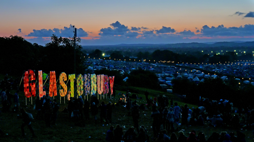 Glastonbury festival ticket sales